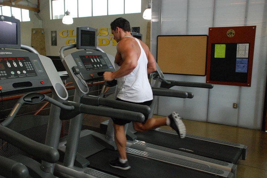 бег на дорожке для похудения таблица