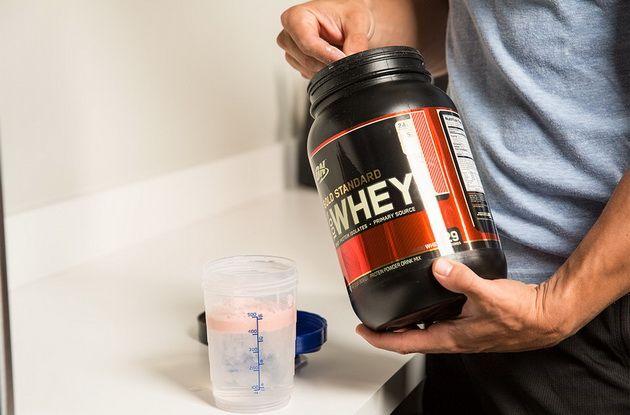 Достаточно ли одного сывороточного протеина для роста мышц