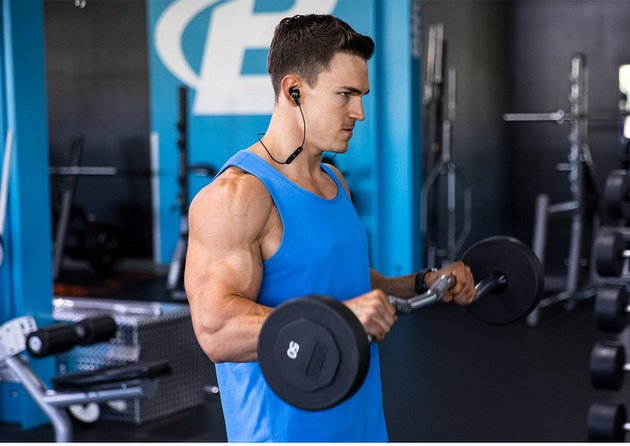14 luchshix uprazhnenij dlya bicepsov dlya muzhchin 4 14 лучших упражнений для бицепсов для мужчин