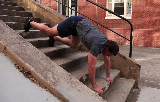 15 minutnaya trenirovka na lestnice 21 15 минутная тренировка на лестнице