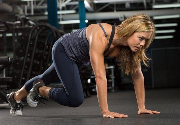 10 luchshix uprazhnenij s sobstvennym vesom dlya myshc pressa i kora 51 10 лучших упражнений с собственным весом для мышц пресса и кора