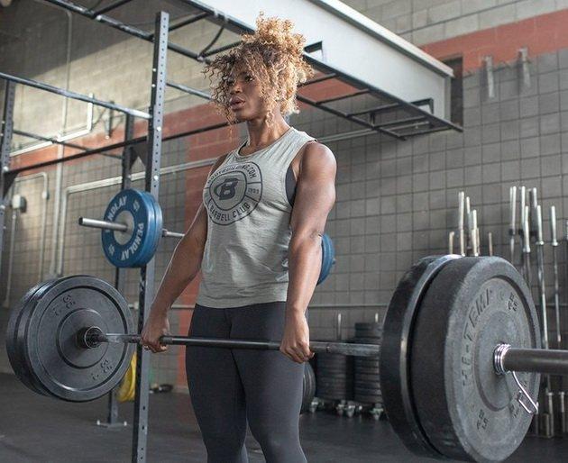 Железо и женщины: 5 упражнений для крутых спортсменок