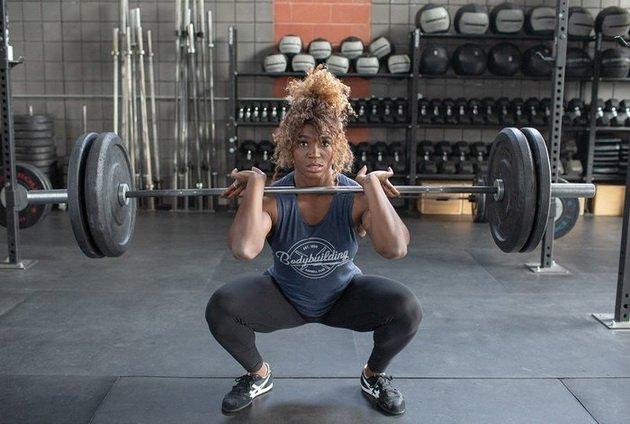 zhelezo i zhenshhiny 5 uprazhnenij dlya krutyx sportsmenok 2 Железо и женщины: 5 упражнений для крутых спортсменок